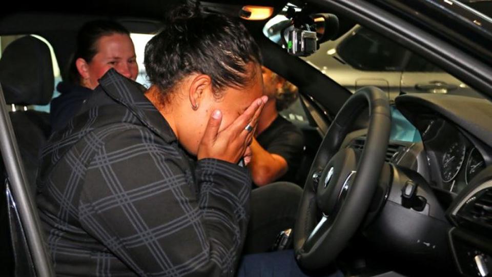 Дилер BMW подарил машину за веру в первоапрельскую шутку