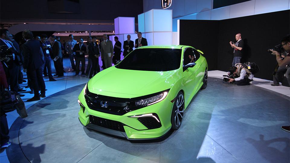 Honda Civic десятого поколения представят осенью. Фото 1