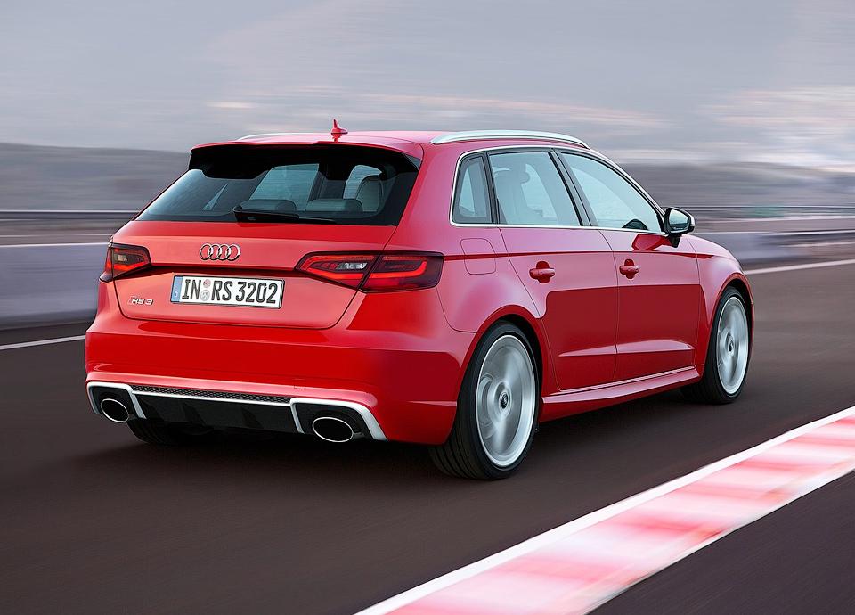367-сильный Audi RS3 будут поставлять по индивидуальным заказам. Фото 1