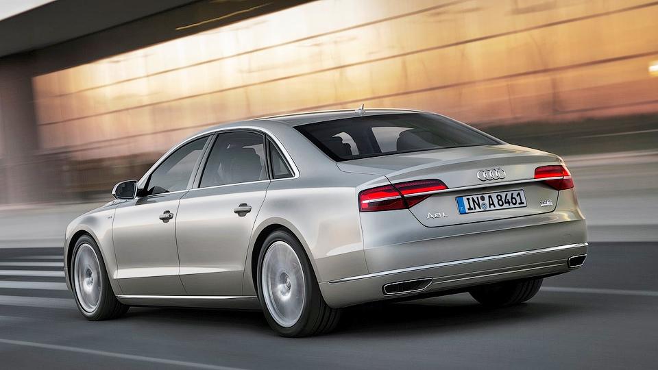 Появились подробности о моторах Audi A8 следующего поколения