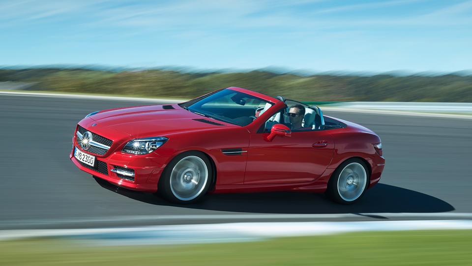 Mercedes-Benz SLK получил новые двигатели и трансмиссии
