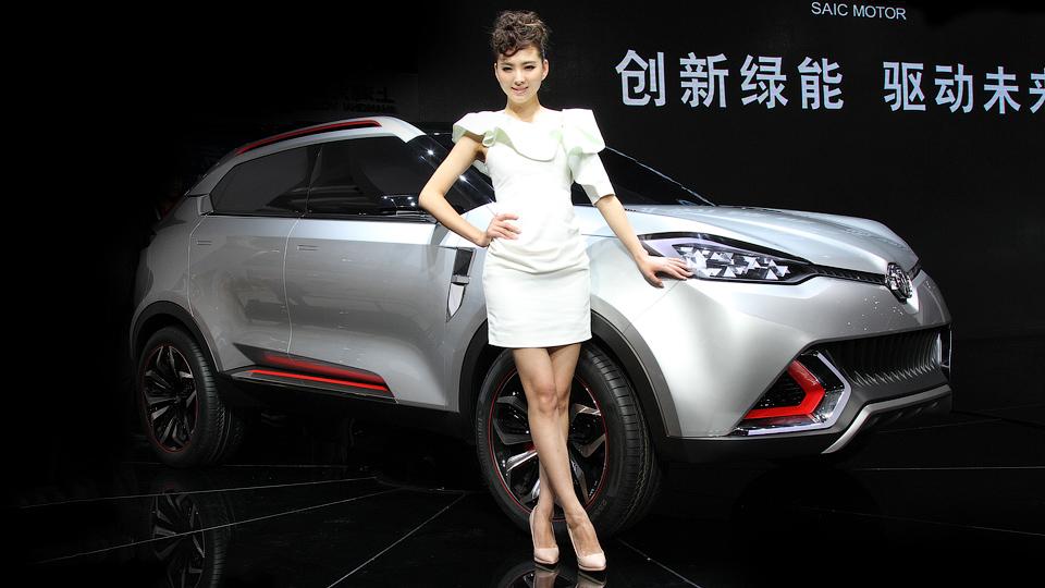 Детям запретили посещать Шанхайский автосалон