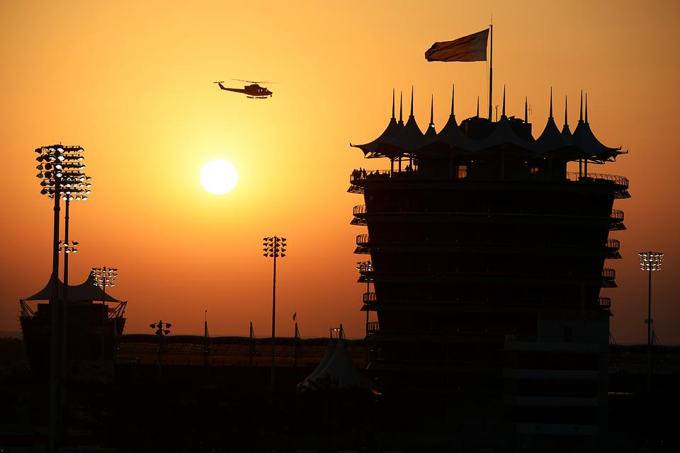 Льюис Хэмилтон «без остановок» и без проблем выиграл Гран-при Китая. Фото 10