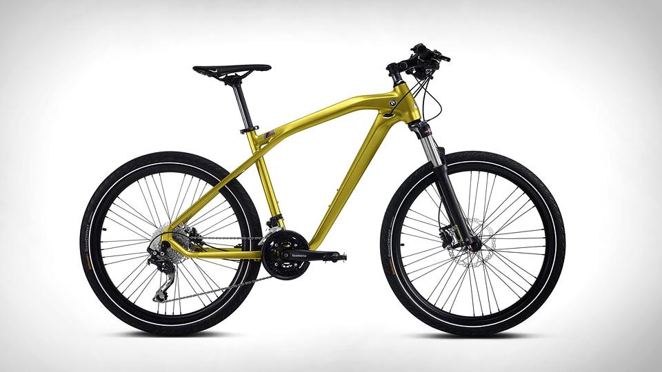 Компания BMW сделала велосипед в стиле M-моделей