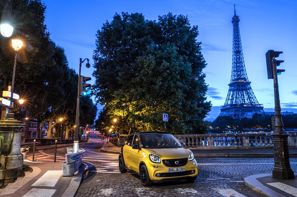 Малолитражка для парижанки с мотором в багажнике. Фото 13