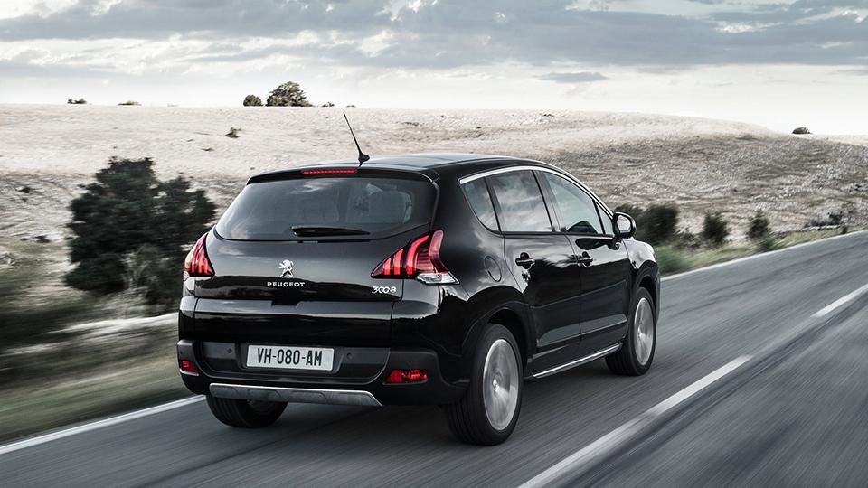 Новый Peugeot 3008 сделают похожим на 499-сильный концепт-кроссовер
