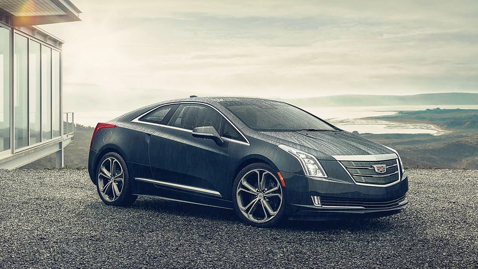 Cadillac сделал гибрид ELR мощнее и быстрее