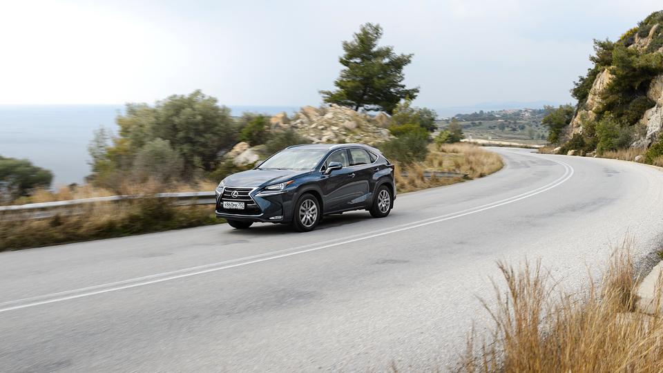 Рассказ о том, как кроссовер Lexus стал ехать, а не только выглядеть  . Фото 8