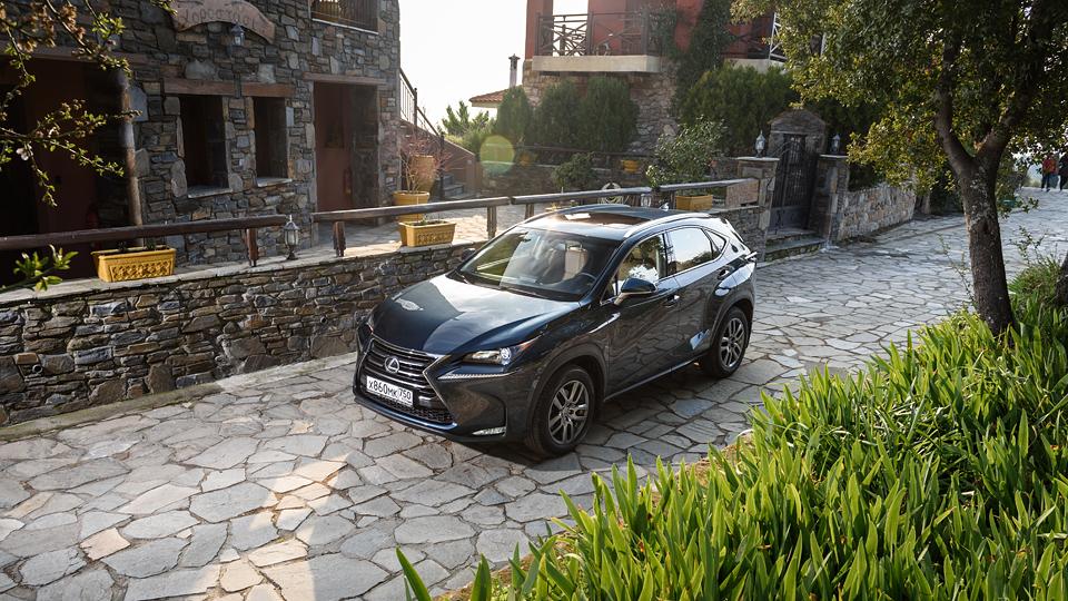 Рассказ о том, как кроссовер Lexus стал ехать, а не только выглядеть  . Фото 2