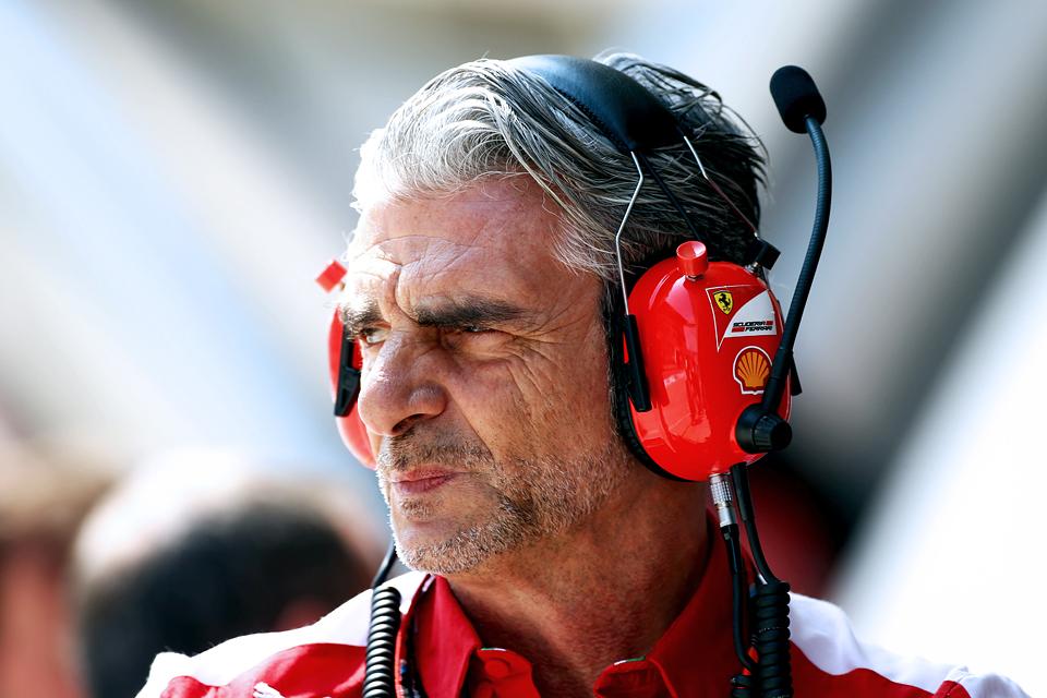 Льюис Хэмилтон без борьбы выиграл Гран-при Бахрейна. Фото 2