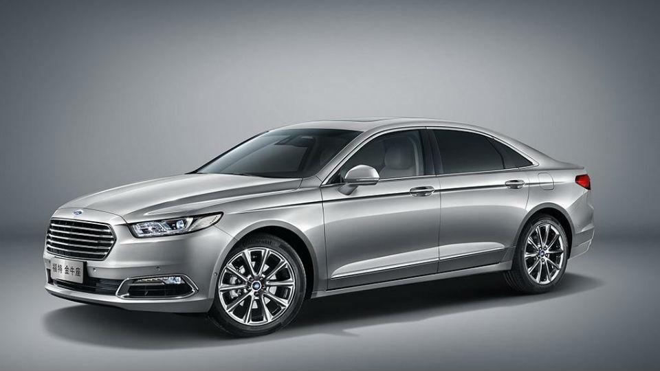 Ford представил седан Taurus нового поколения