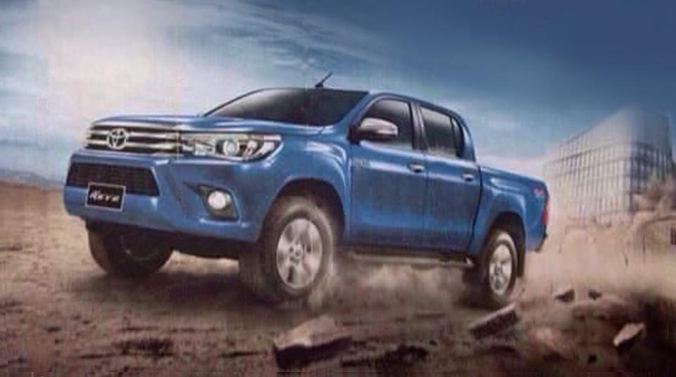 Внешность нового пикапа Toyota Hilux рассекретили до премьеры