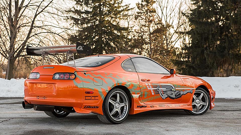 Машину героя Пола Уокера выставили на аукцион. Фото 2