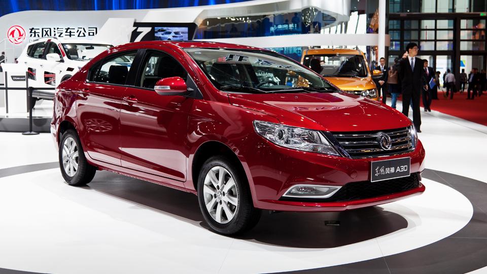 Китайская марка DongFeng привезет в Россию два седана