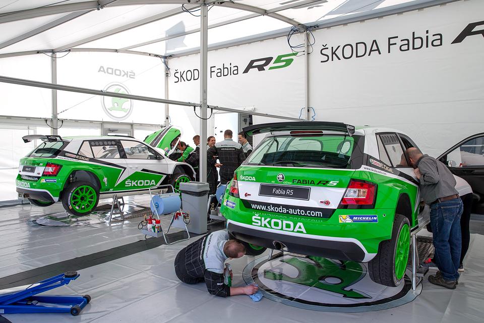 Skoda Fabia за 180 тысяч евро, без багажника и прикуривателя. Фото 9