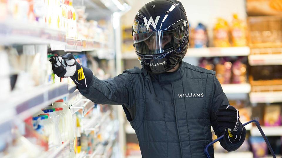 Крепления для полок спасут посетителей супермаркета от простуды. Фото 1