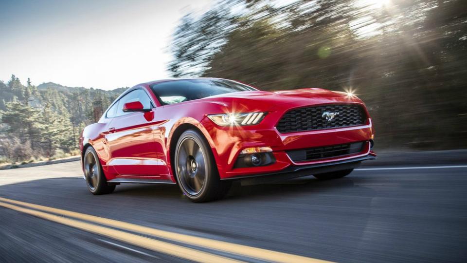 «Форд» рассказал о динамике европейского «Мустанга»