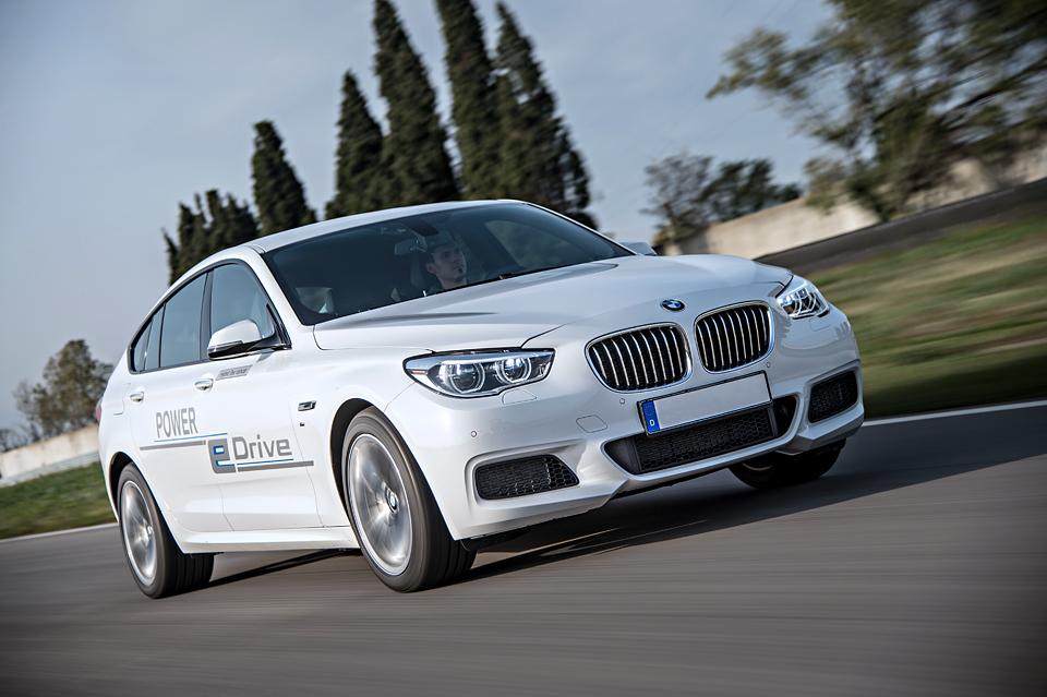 Как BMW собирается навалять самому популярному производителю электрокаров. Фото 2