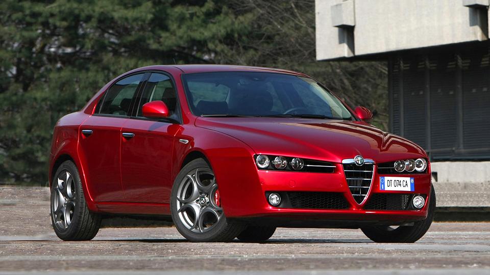 Новый седан Alfa Romeo получит двигатель от спорткара 4C