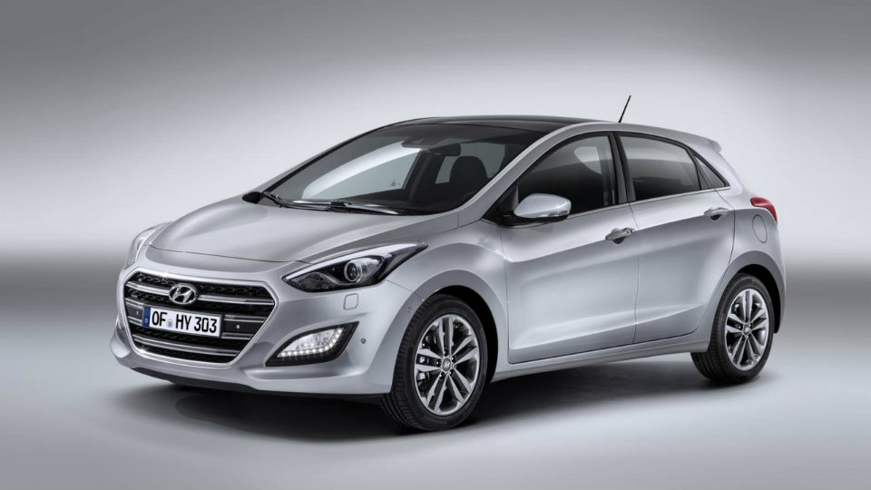 Компания Hyundai привезла в Россию i30 с новым мотором