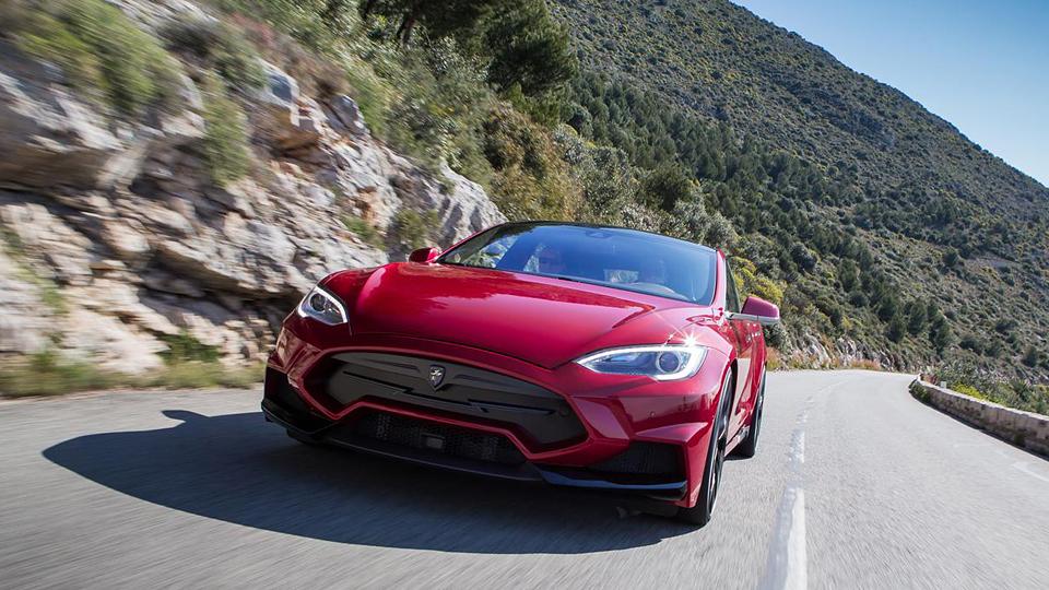 Компания LARTE Design анонсировала «заряженный» седан Model S