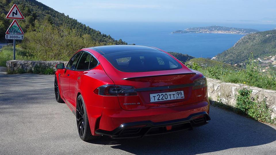 Компания LARTE Design анонсировала «заряженный» седан Model S. Фото 2