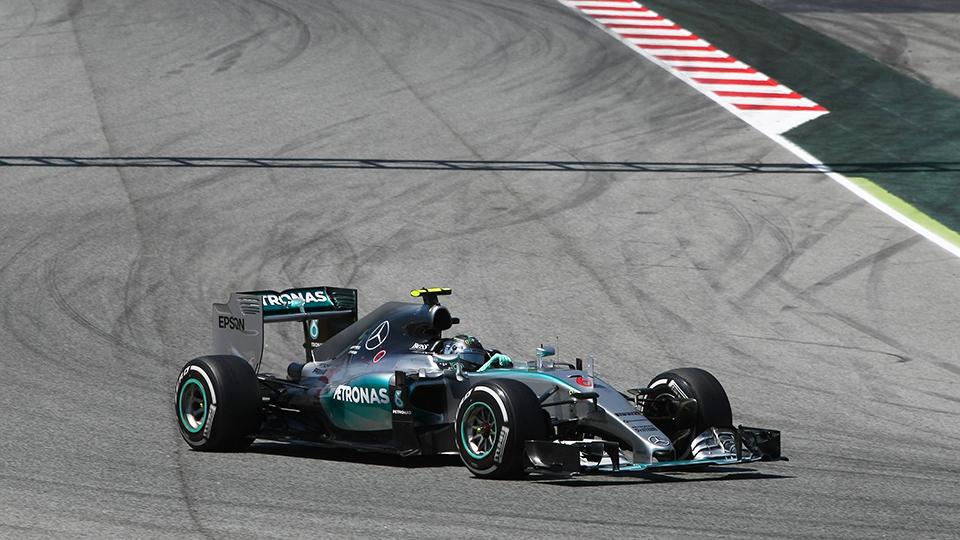 Росберг одержал первую победу в сезоне