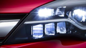 Новая Opel Astra будет поддерживать сразу две операционные системы Apple CarPlay и Android Auto