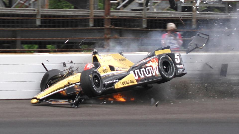 На «Инди 500» произошла пятая авария за неделю