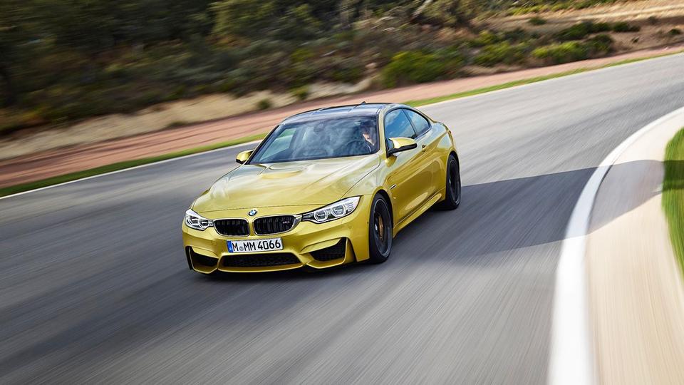 Трековую версию BMW M4 включили в дилерскую базу