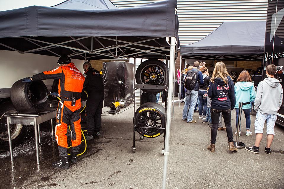 «Мотор» насвоей шкуре узнал, как работают механики гоночной команды. Фото 43