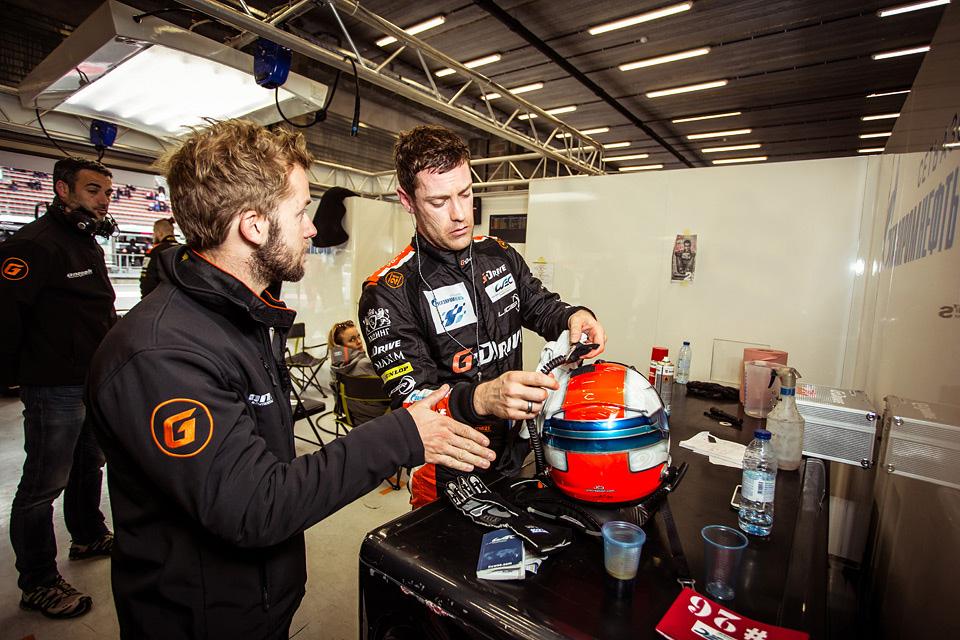 «Мотор» насвоей шкуре узнал, как работают механики гоночной команды. Фото 34