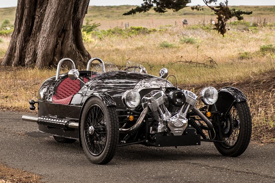Автомобили с ретро-дизайном, которые выпускаются в наши дни. Фото 2