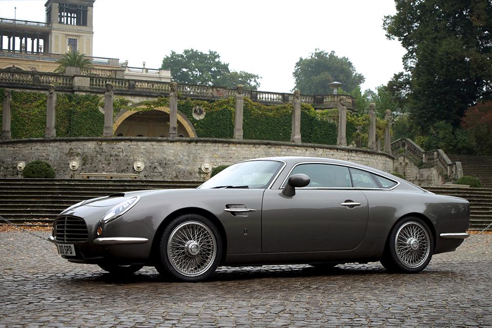 Автомобили с ретро-дизайном, которые выпускаются в наши дни. Фото 6