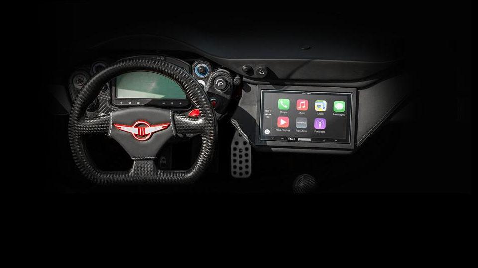 Система Apple CarPlay стала штатной для суперкара Rezvani Beast