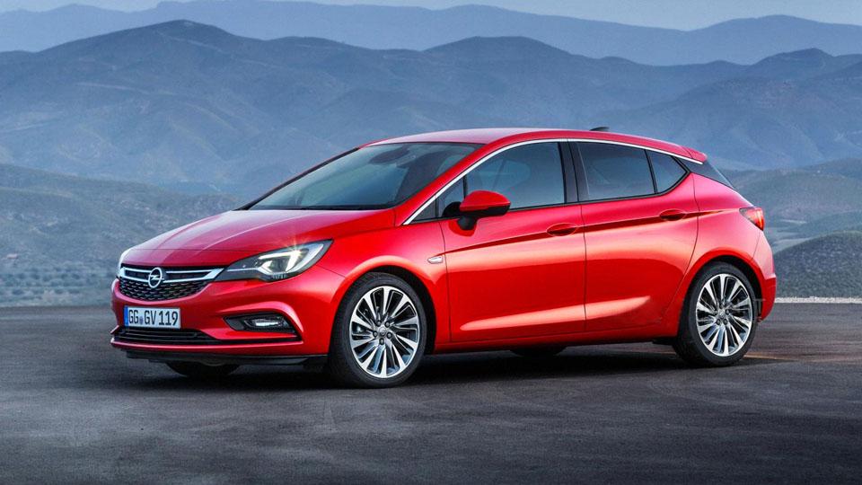 Opel Astra нового поколения рассекретили до премьеры