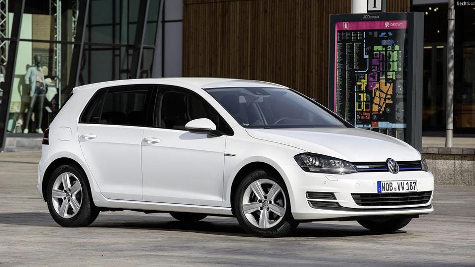 Volkswagen Golf получил трехцилиндровый мотор