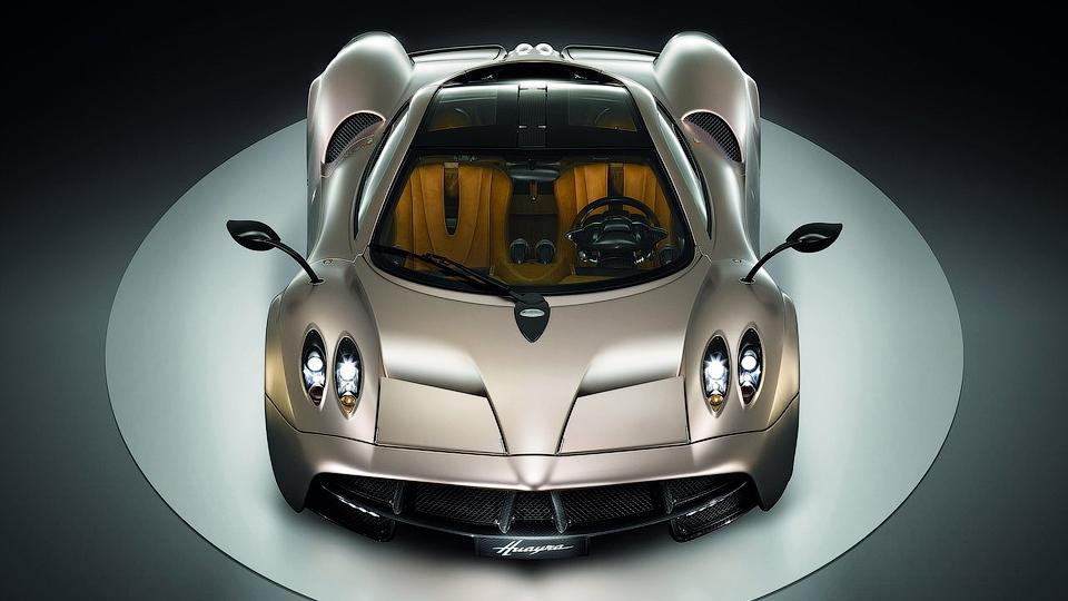 Pagani отметит выпуск последнего купе Huayra спецверсией
