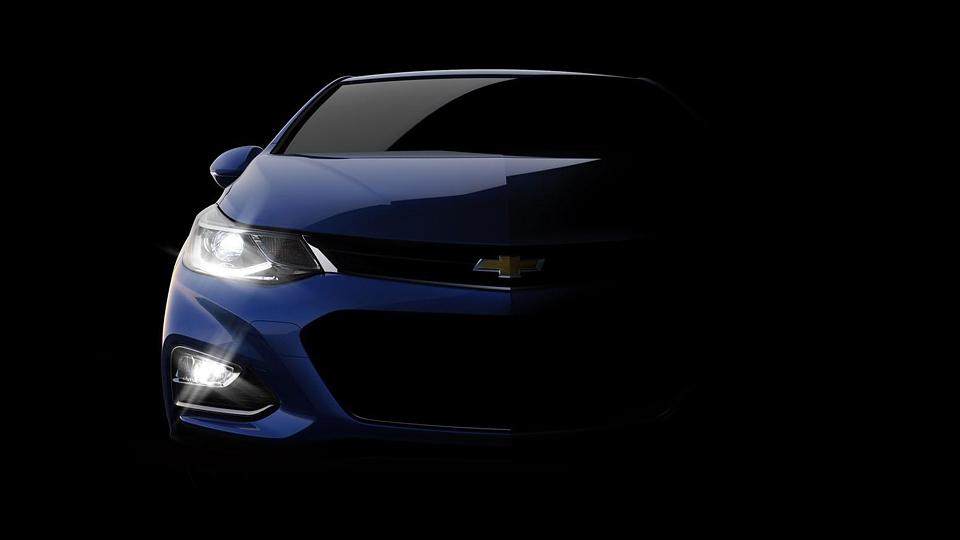 Опубликован первый тизер нового Chevrolet Cruze