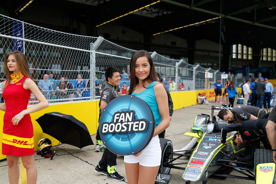 Как попасть на гонку электрической Формулы у стен Кремля. Фото 9