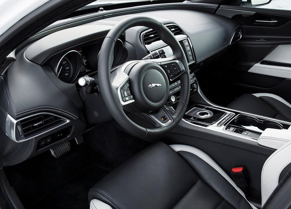 Модель будет доступна в пяти версиях и с четырьмя моторами. Фото 2