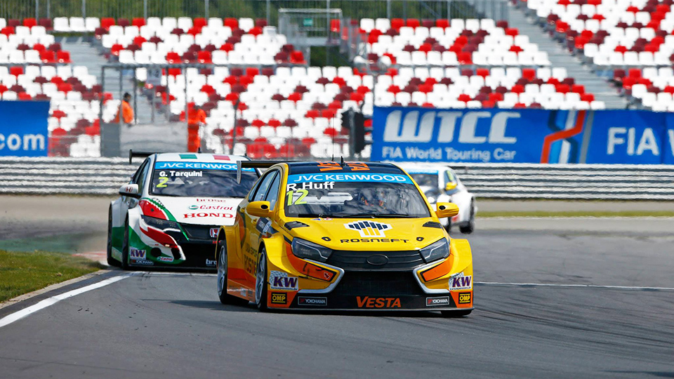 Пилот Lada поднялся на подиум российского этапа WTCC