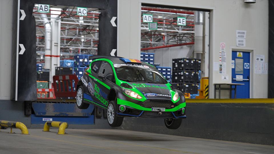 Румынский Ford снял «Джимхану» в стиле Кена Блока