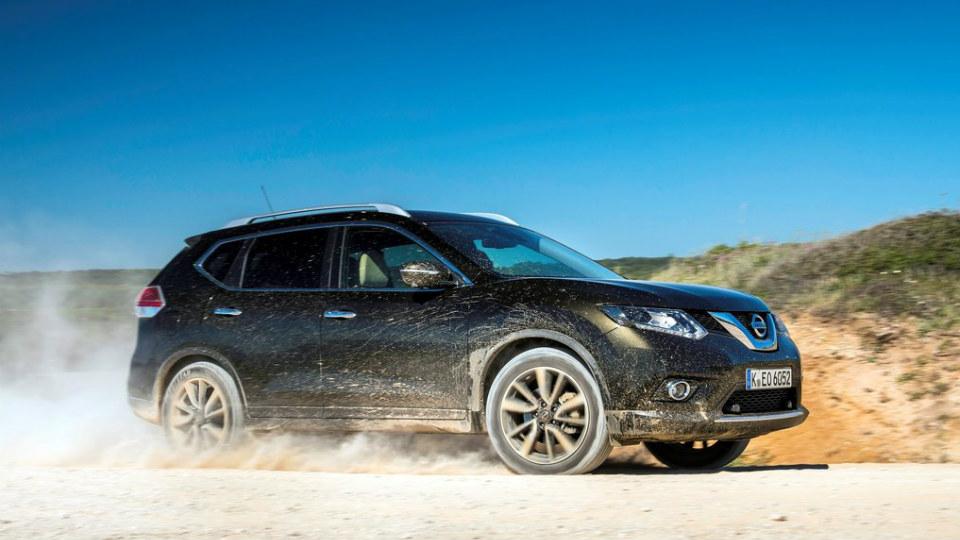 Nissan X-Trail стал самым популярным кроссовером в России
