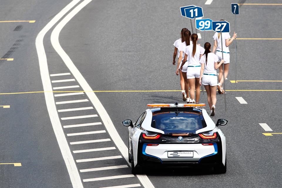 Как работает пилот машины безопасности Формулы-Е. Фото 4