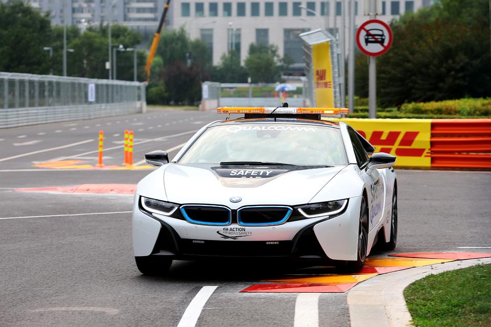 Как работает пилот машины безопасности Формулы-Е. Фото 3