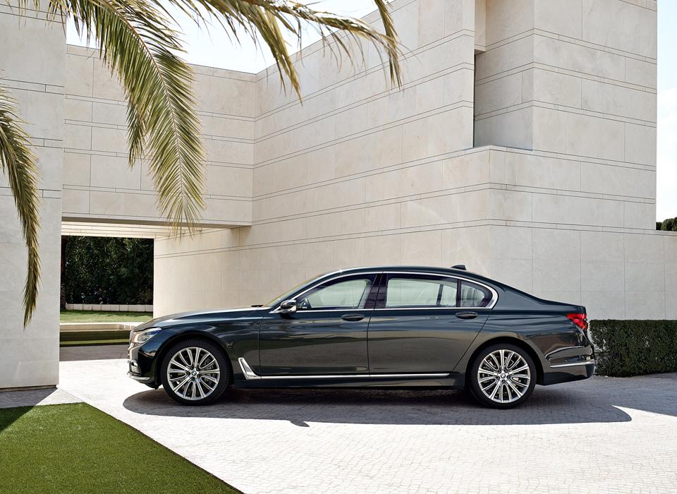 Самый полный путеводитель по технологиям новой BMW 7 серии
