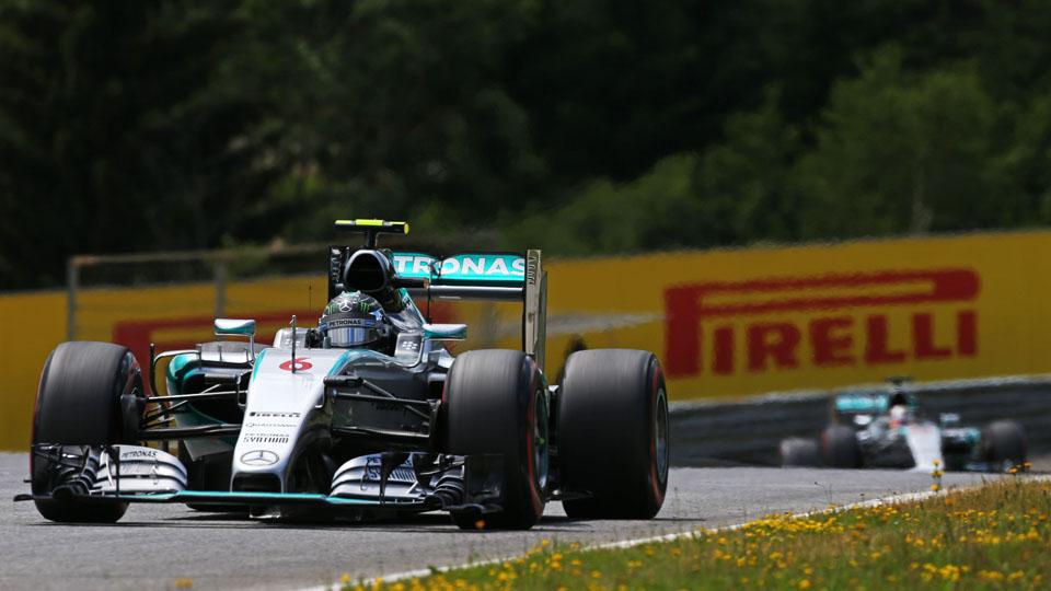 Росберг опередил Хэмилтона на Гран-при Австрии