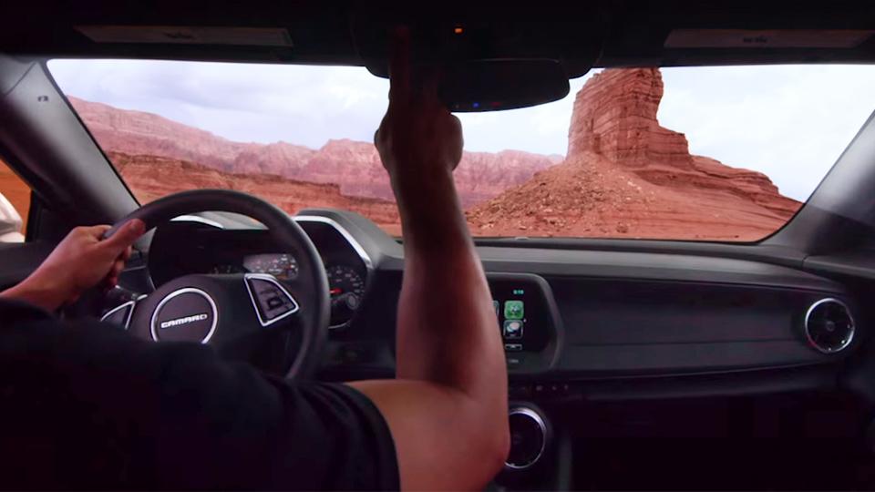 Названа дата дебюта нового кабриолета Chevrolet Camaro