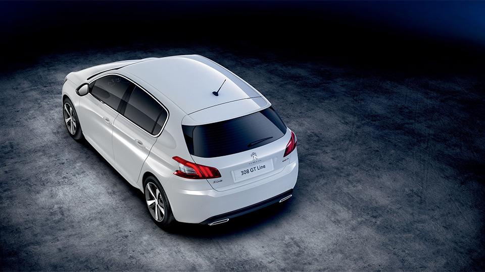 Названы рублевые цены на модель в новой версии GT Line. Фото 1